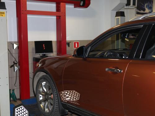 Регулировка углов установки колес в Автосервисе Infiniti